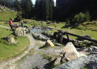 Hinterglemm - lanové centrum s dětskými vodními atrakcemi